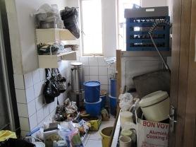 cocina en Namibia antes de la renovación 1