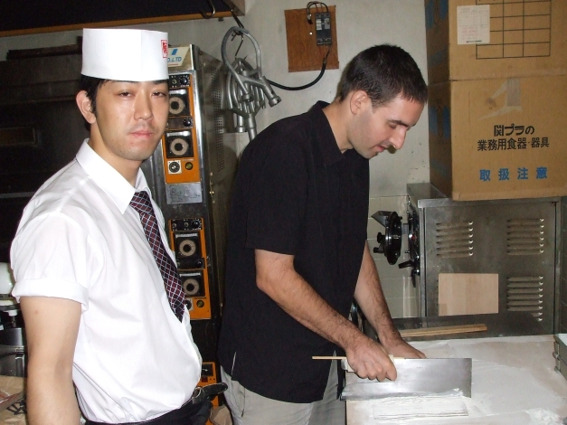 haciendo soba en Japón