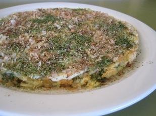 okonomiyaki plato japonés