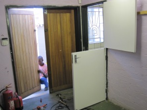 puertas modificadas para la cocina en namibia