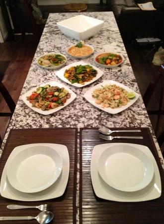 set table, listo para comer!