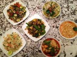 thai dishes - platos tailandeses